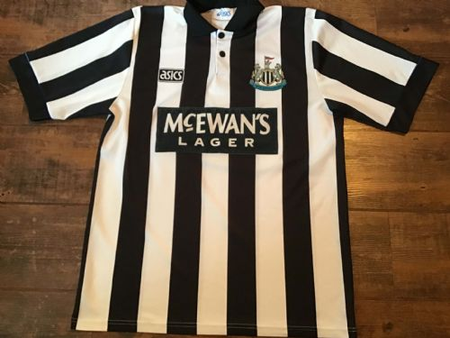 1993 1995 Newcastle Home Football Shirt Large